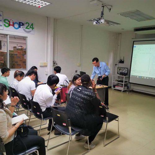 24Shopping เปิดคลังสินค้า ต้อนรับ คณะนักศึกษา iMBA จากสถาบันการจัดการปัญญาภิวัฒน์ (PIM)